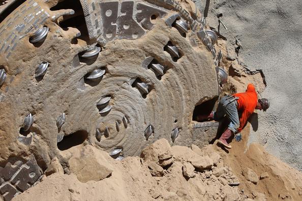 New + Quatro + Mile + Tunnel + Entregar + agua + Southern + kjVDBbpS8C1l