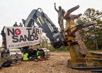 20121119_tarsandsblockaders