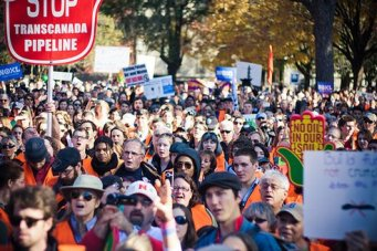 human-chain-climate-white-house_jpg_492x0_q85_crop-smart