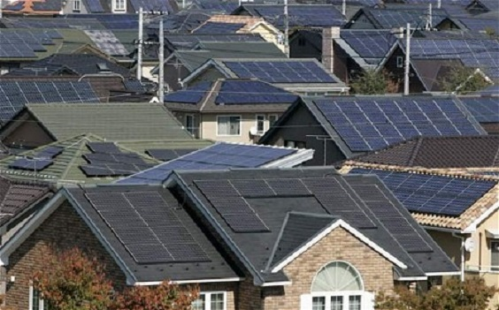 Solar-panels-in-neighborhood